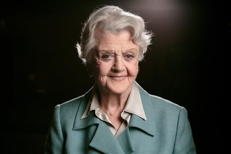 Angela+Lansbury+sa+predstav%c3%ad+v+sn%c3%admke+Mary+Poppins+Returns