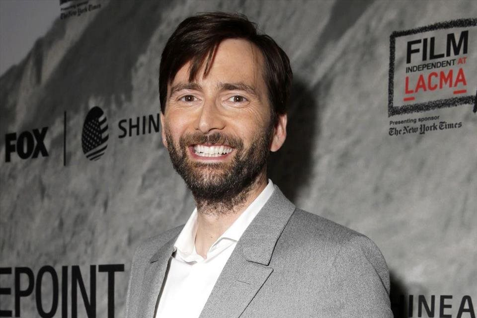 David+Tennant+si+zahr%c3%a1+v+seri%c3%a1li+There+She+Goes