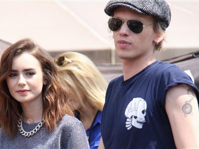 Lily Collins a Jamie Campbell