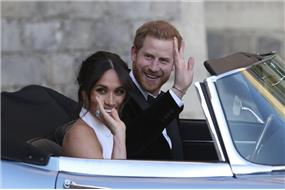 Princ+Harry+a+Meghan+prestan%c3%ba+pou%c5%be%c3%adva%c5%a5+zna%c4%8dku+SussexRoyal
