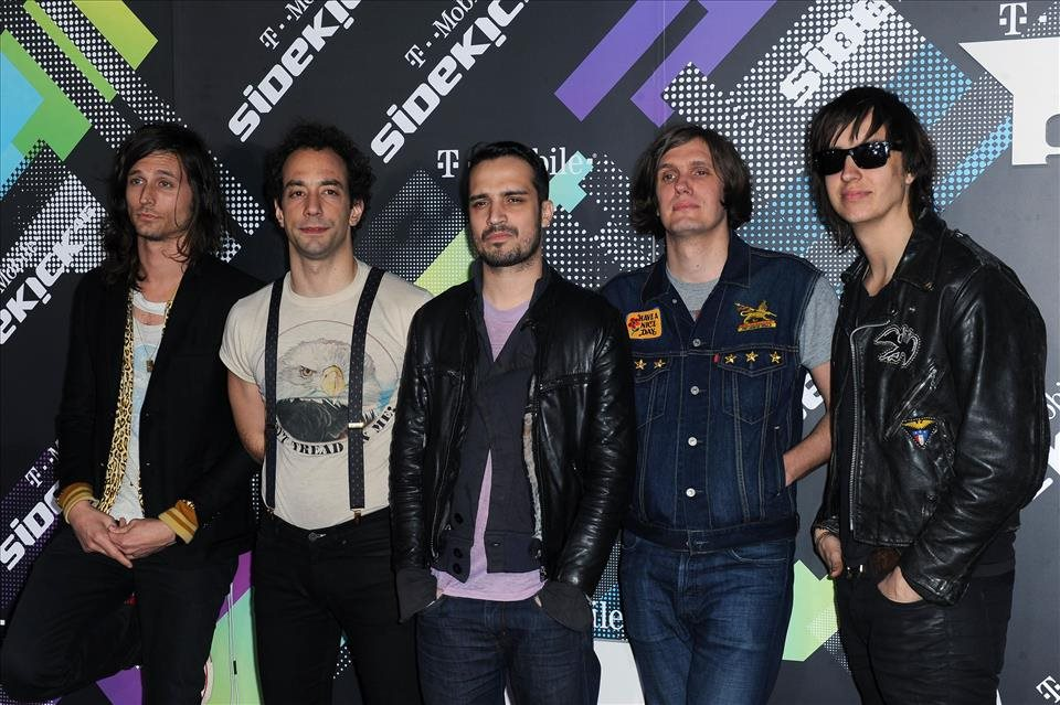 The+Strokes+zverejnili+klip+k+piesni+Threat+Of+Joy