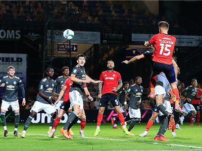 Luton vs Manchester United